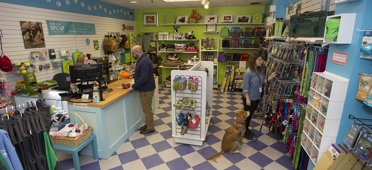 wide-view of the Lora Robins Gift shop at the Richmond SPCA